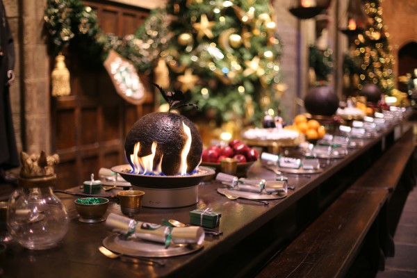 warner bros studio tour christmas dinner