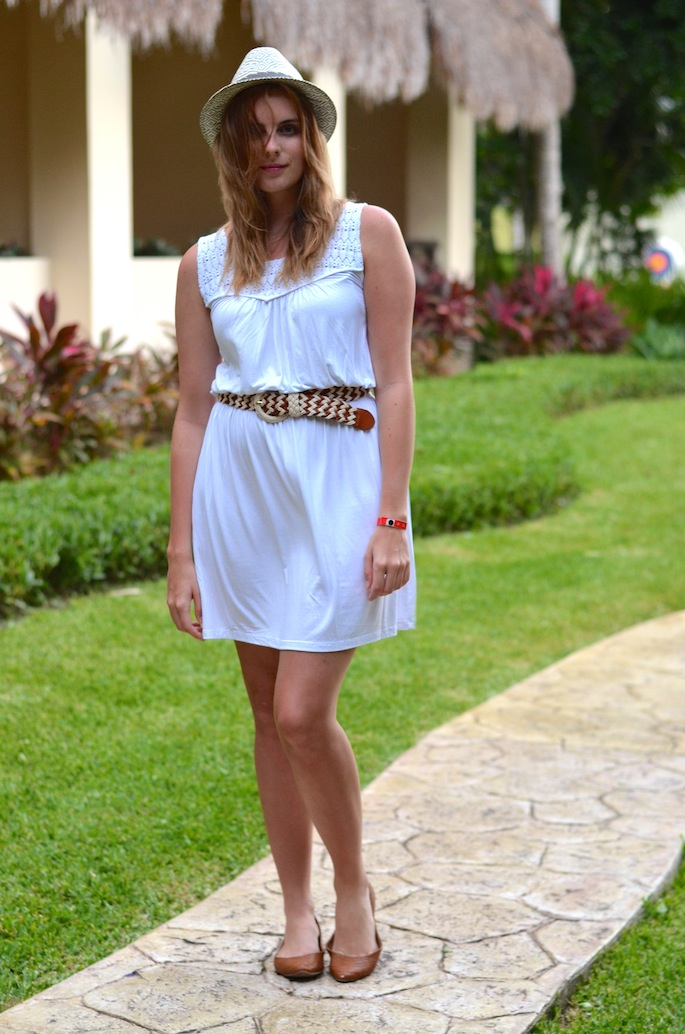Tropical Vacation Outfit Ideas