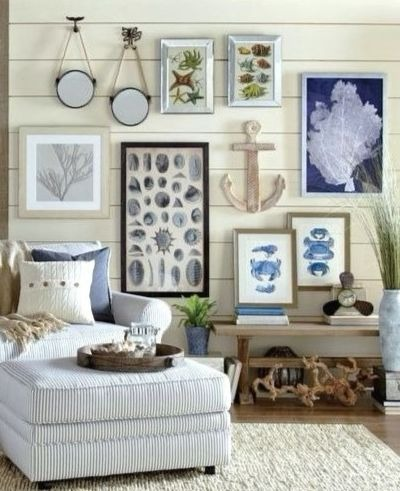 Mixed Coastal Gallery Wall Decor Idea