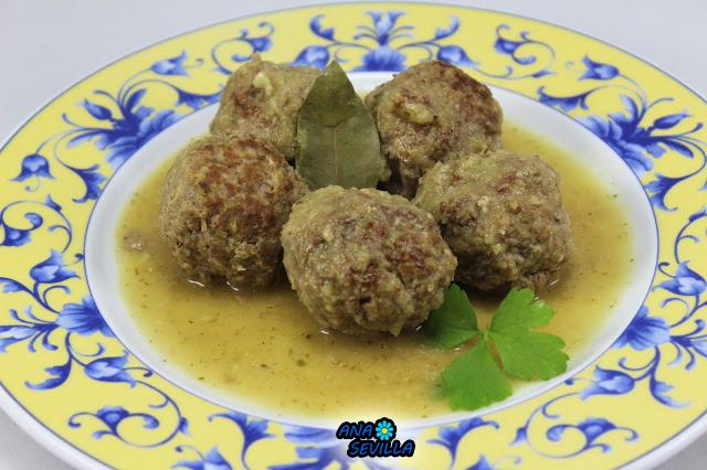 Albóndigas en salsa de cebolla olla GM Ana Sevilla
