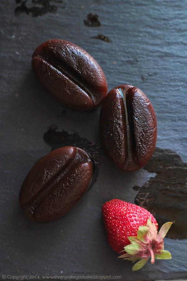 orzeźwiający koktajl truskawkowo-kawowy