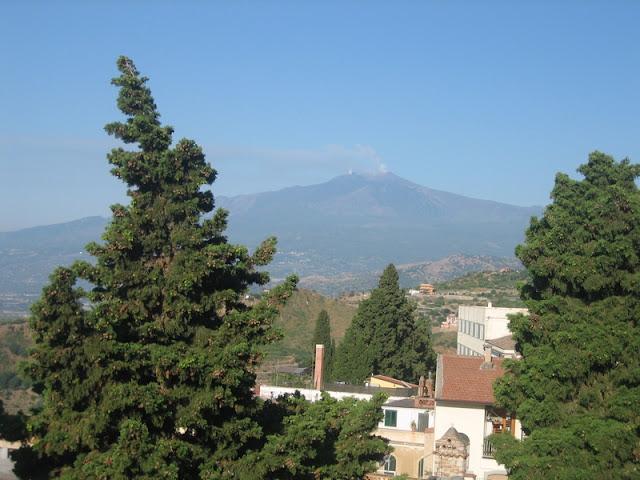 Etna desde el Teatro de Taormina