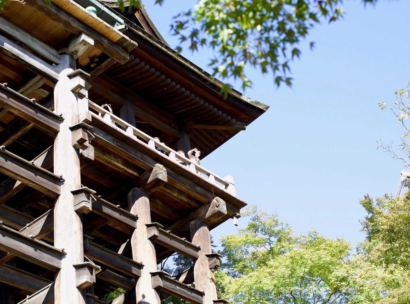 Kiyomizu-dera-temple-architecture-Kyoto-Japan