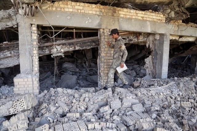 Túmulo de Saddam Hussein sofre danos em combate no Iraque