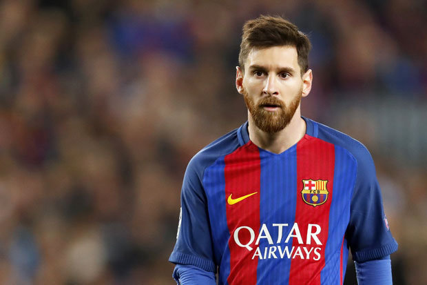 Tendangan Bebas Messi Membuat Takjub Coutinho