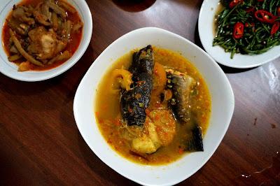 Asam Pedas ikan Baong, Pondok Area