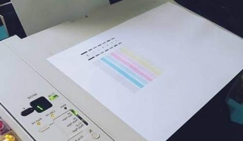 Penyebab Printer Bergaris-garis Saat Mencetak