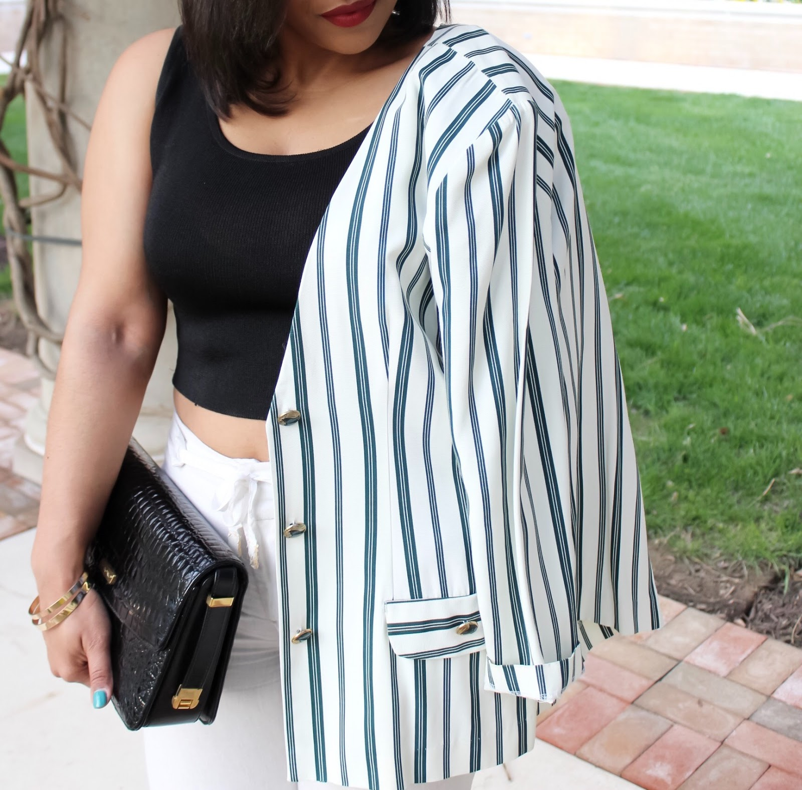 My Favorite Thrift Find To Date, thrift shop, bargain, thrift shopper, blazer, thrifted blazer, crop top, linen pants, wide leg pants, spring outfits, summer outfits, black crop top