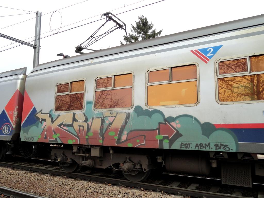 Graffiti Vision: YLOT EQTS KILZ