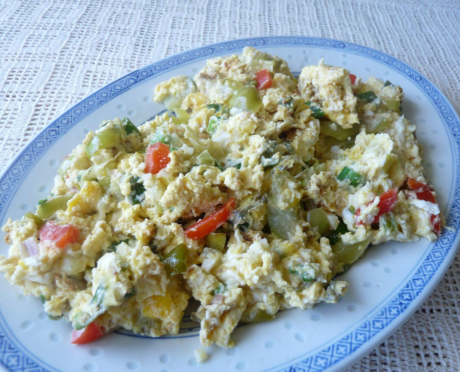Seasonal Ontario Food: Scrambled Eggs with Tomatillos