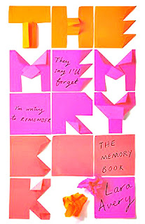http://laconejadepapel.blogspot.com.es/2017/02/the-memory-book.html
