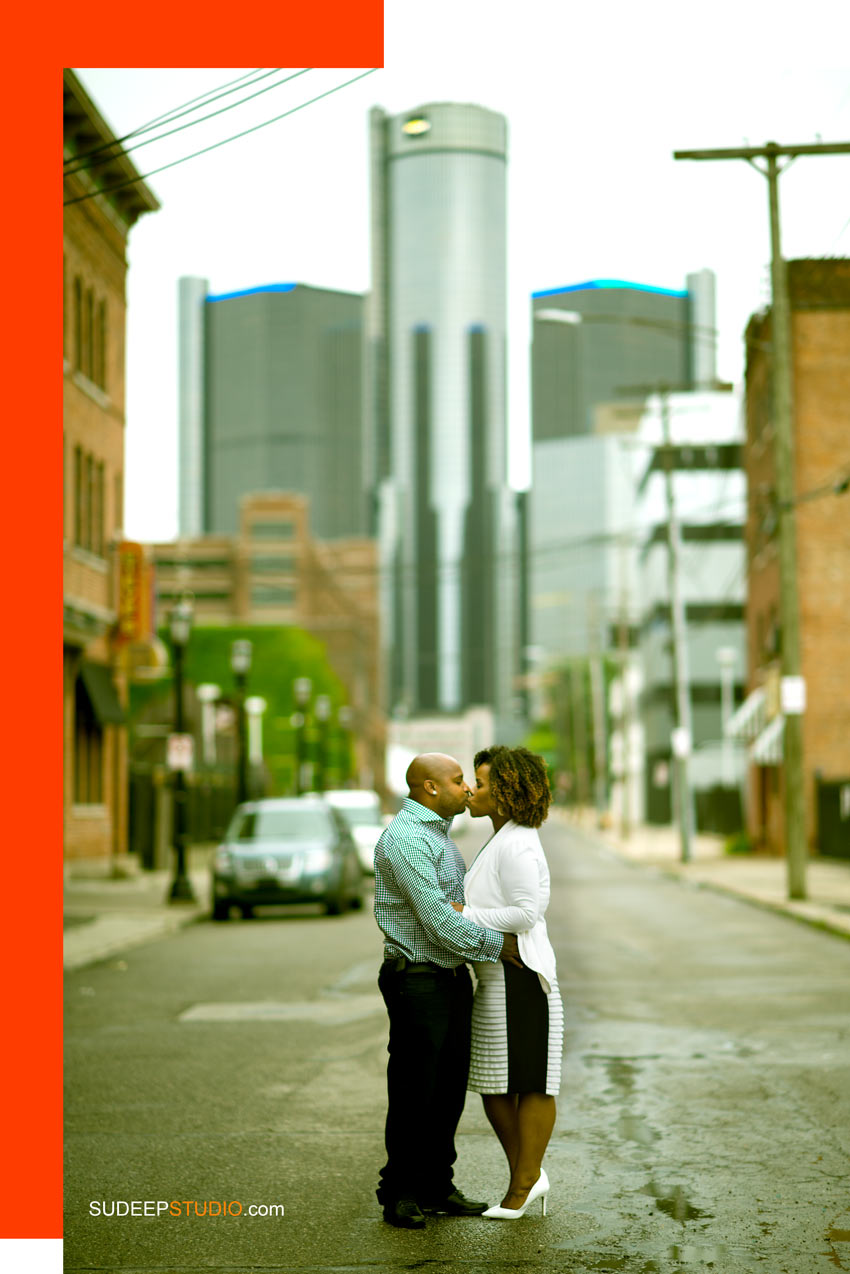 Detroit Downtown Engagement Pictures Ideas - Sudeep Studio.com
