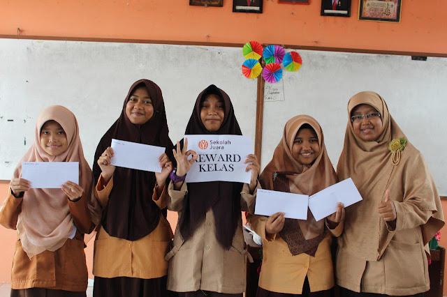 Reward untuk Siswa dan Siswi SMP Juara Pekanbaru