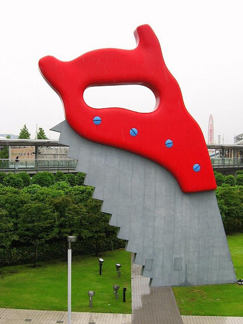 Giant Sculptures of Everyday Objects