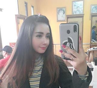 Chelista Agarsi Selfi