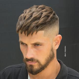 Kalın Saçlar İçin Kısa Kesim