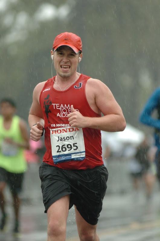 Running rainy 2011 LA Marathon