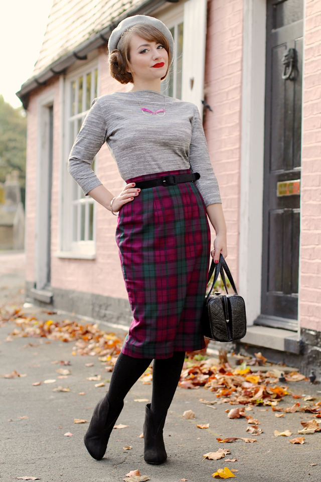 Vivien of Holloway slash neck top in grey with heather pencil skirt review