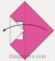 Bước 3: Gấp tờ giấy vào trong theo chiều từ phải sang trái.