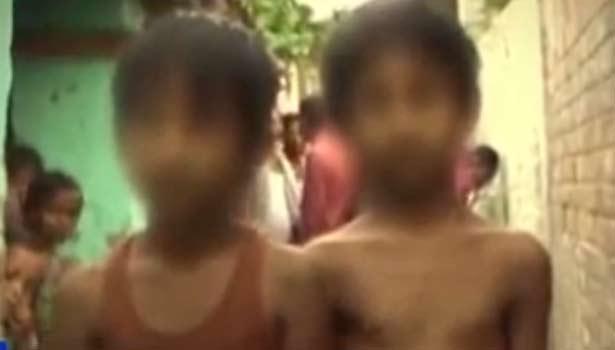 கல்வி கட்டணம் பாக்கி: மாணவிகள் ஆடைகளை அகற்றி நிர்வாணப்படுத்திய பள்ளி தாளாளர் - முதல்வர் கைது