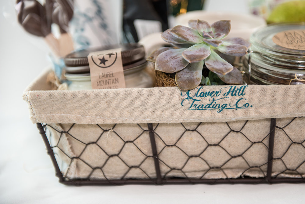 shop local tennessee gift baskets from maryville based clover