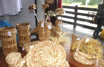 Artesanato da Ilha Comprida à venda na Rodoviária