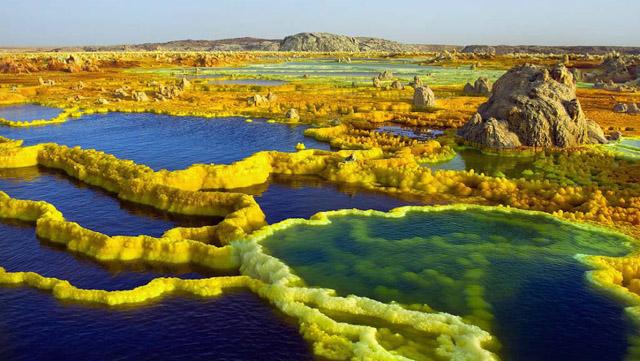 Enam Tempat Wisata Paling Keren Terlangka di Dunia