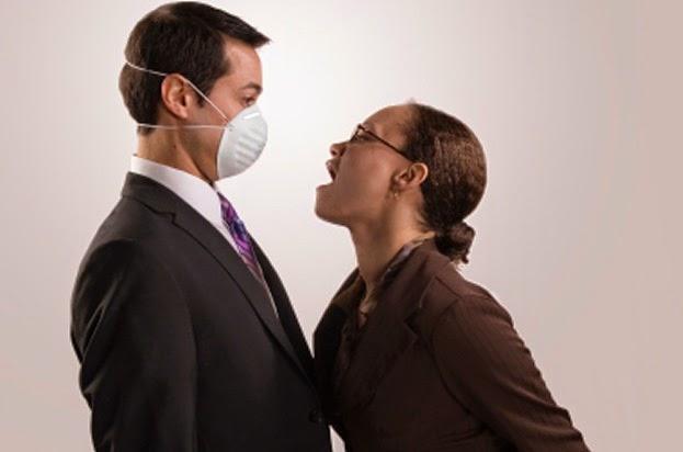 13 Tips jitu Untuk Mengurangi Masalah Bau Mulut