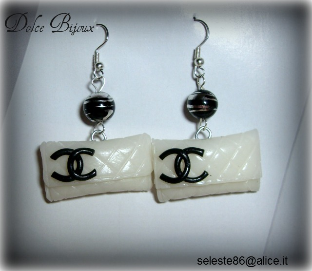 il più votato a buon mercato online in vendita vendita economica Un Dolce Bijoux: Orecchini con perle nere screziate argento ...