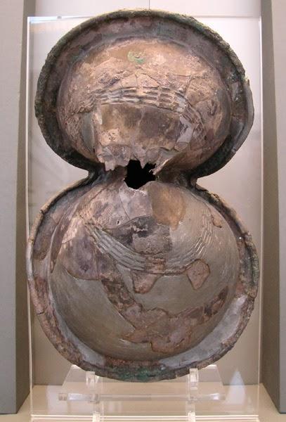 Οι ερευνητές της Πάτρας κατασκεύασαν μια σειρά δοκίμια για να ελέγξουν τη  συμπεριφορά τους σε τρώση από αεροβόλο βλήμα αντίστοιχο σε ισχύ με το  χτύπημα του ... 1475c8249cd