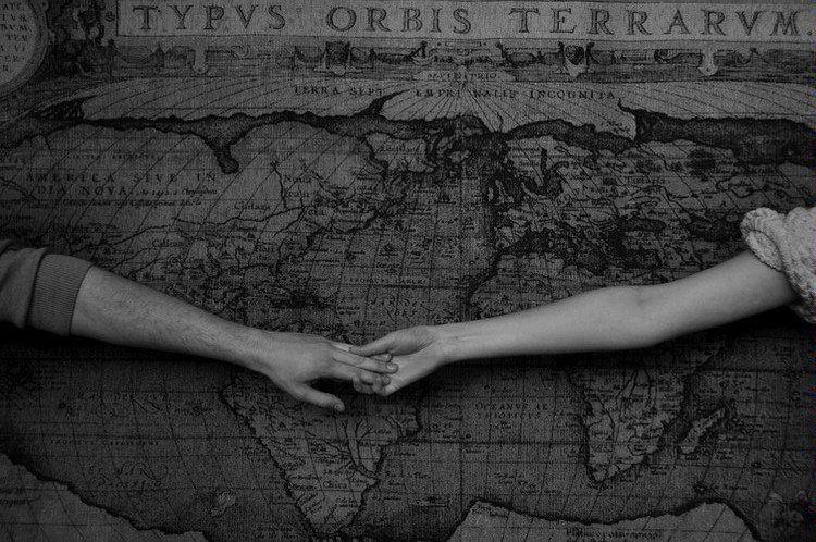 Bien connu Image d'Amour: Photo amitié en noir et blanc avec deux mains qui  MT04