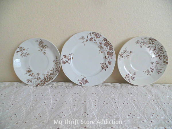 Friday's Find #136 mythriftstoreaddiction Fabulous finds of the week including a trio of lovely English transferware plates