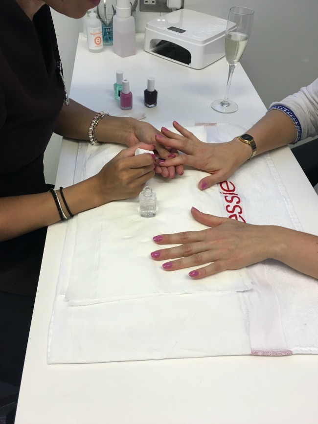 ken-picton-salon-a-review-essie-nail-bar