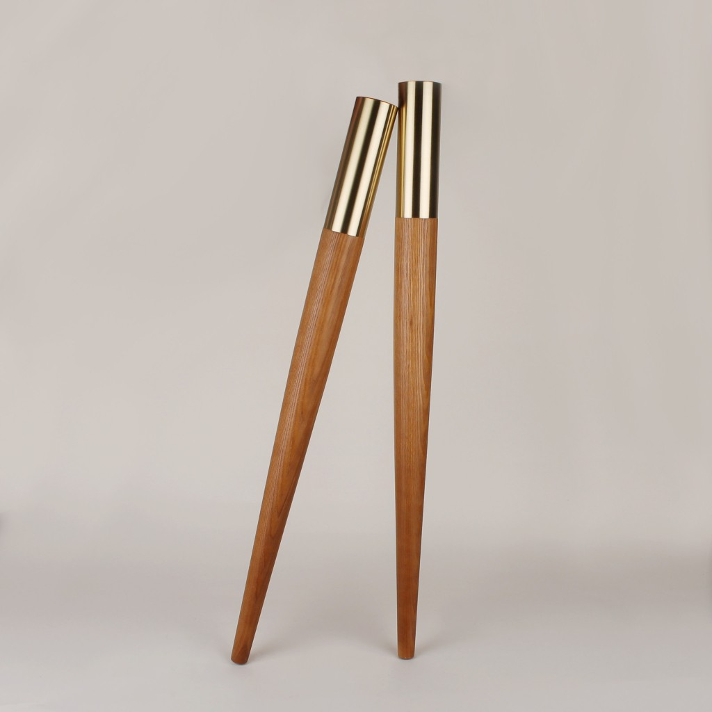TABLE LEGS Made of wooden