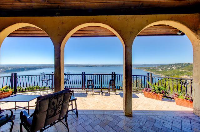 Oasis Wedding Venue La Villa Vista Bed & Breakfast Austin TX