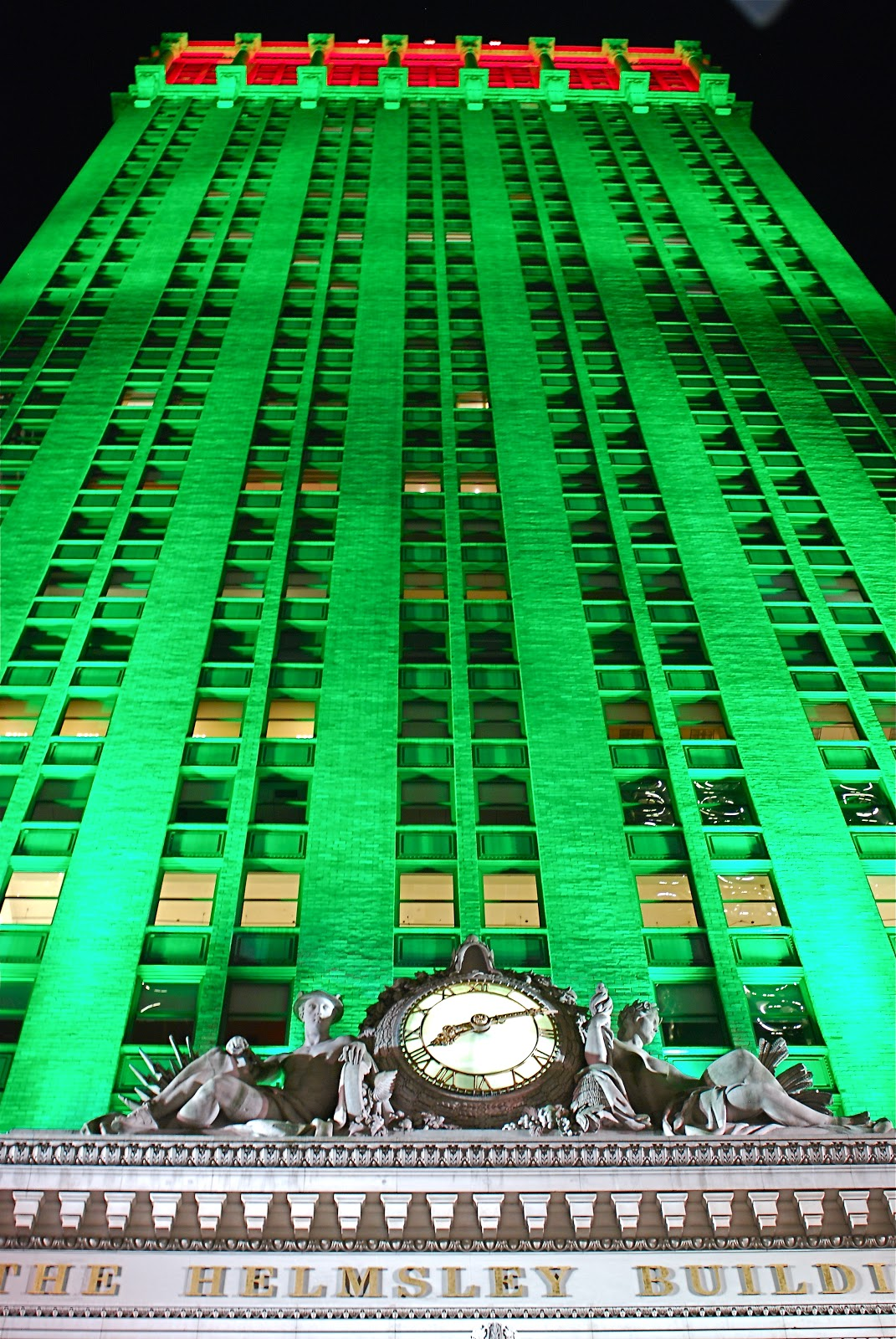 Nyc Nyc The Helmsley Building Makeover New Exterior