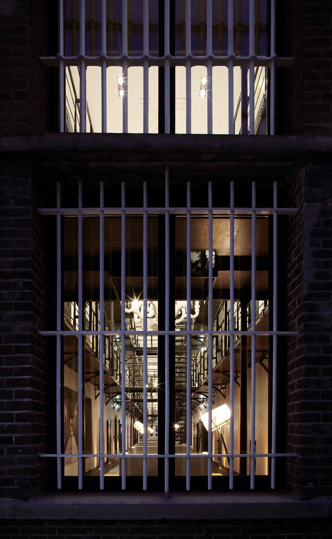 19-Het-Arresthuis-Hotel-Prison-Converted-into-a-Luxurious-Boutique-Hotel-www-designstack-co