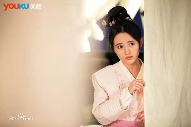 Ju Jing Yi in Detective Samoyeds