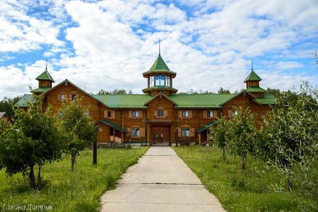 Путешествия: отель Русский дом фото