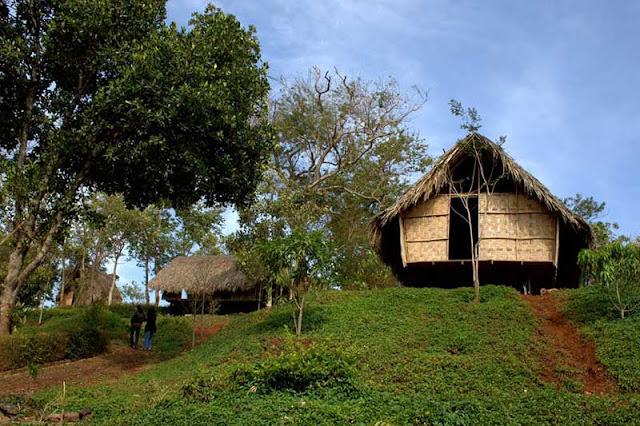 Buôn Ako Dhong cũng có nghĩa là lũng đầu nguồn của con suối Ea Nhôn