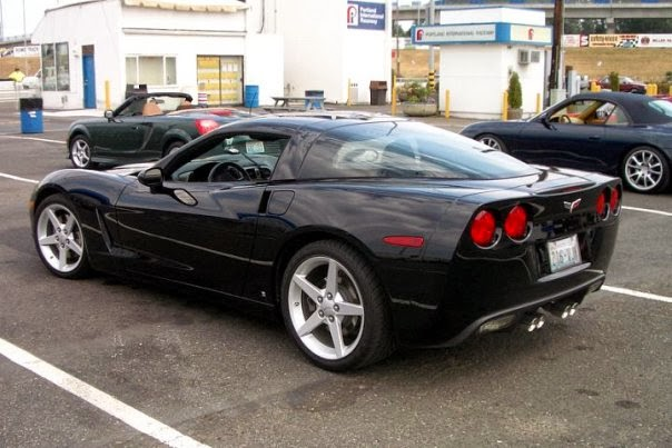 My dad's 2006 Corvette