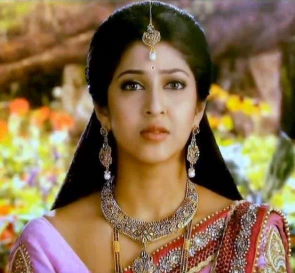 Foto Sonarika Bhadoria ~ Pemeran Dewi Parwati Mahadewa