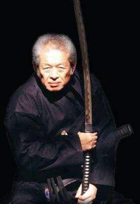 El maestro samurai y el moscardón