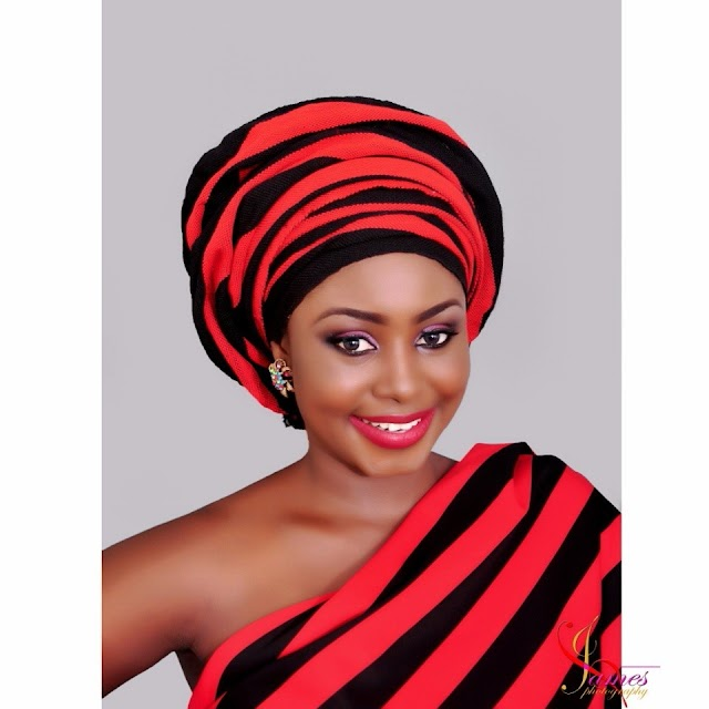 OMG: Former Miss Idoma, Fatima Annabel's Engagement Ring is not true?read what she post today.