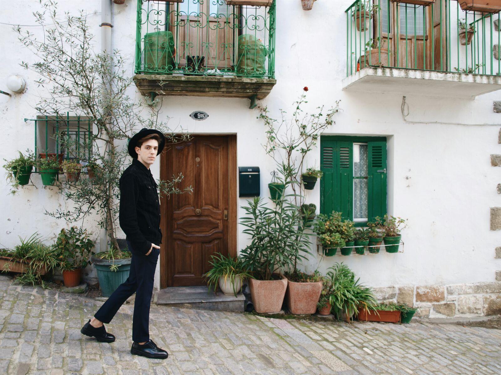 Coastalandco-blog-hendaye-fuenterrabia-navy-black-man-post-zara-komono-jacket-pants