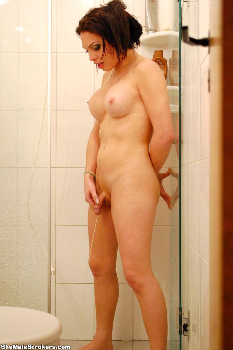 Arab woman beautifull undressed