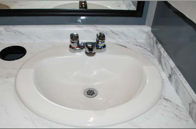 Porcelain Sink with Automatic Shutoff