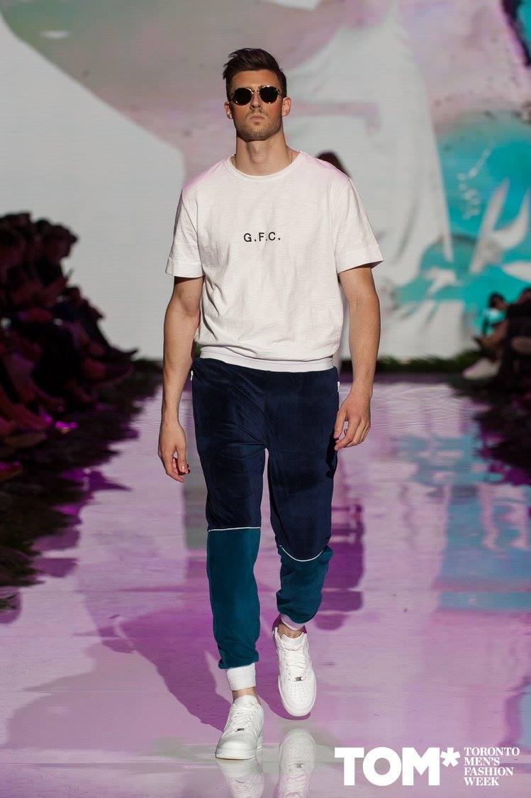 how to get into fashion toronto