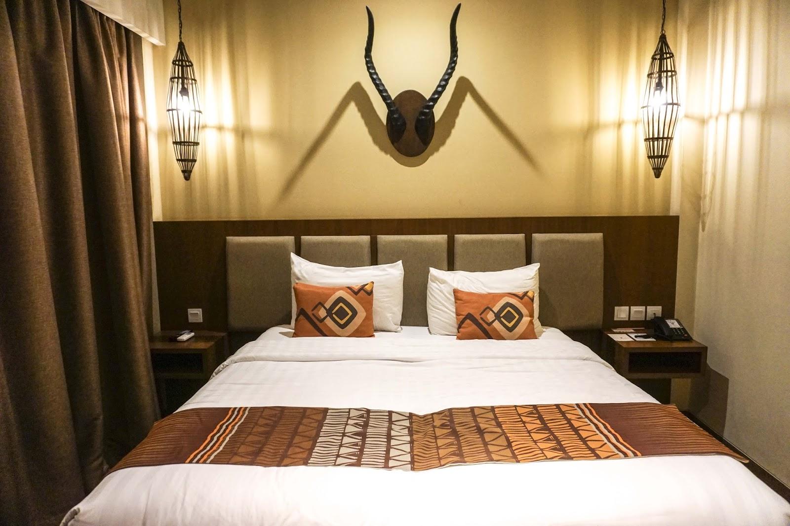 Aji Wisnu Voucher Hotel Baobab Safari Prigen Meskipun Kota Pasuruan Panas Disini Perlu Menggunakan Ac Karena Udara Sudah Sejuk