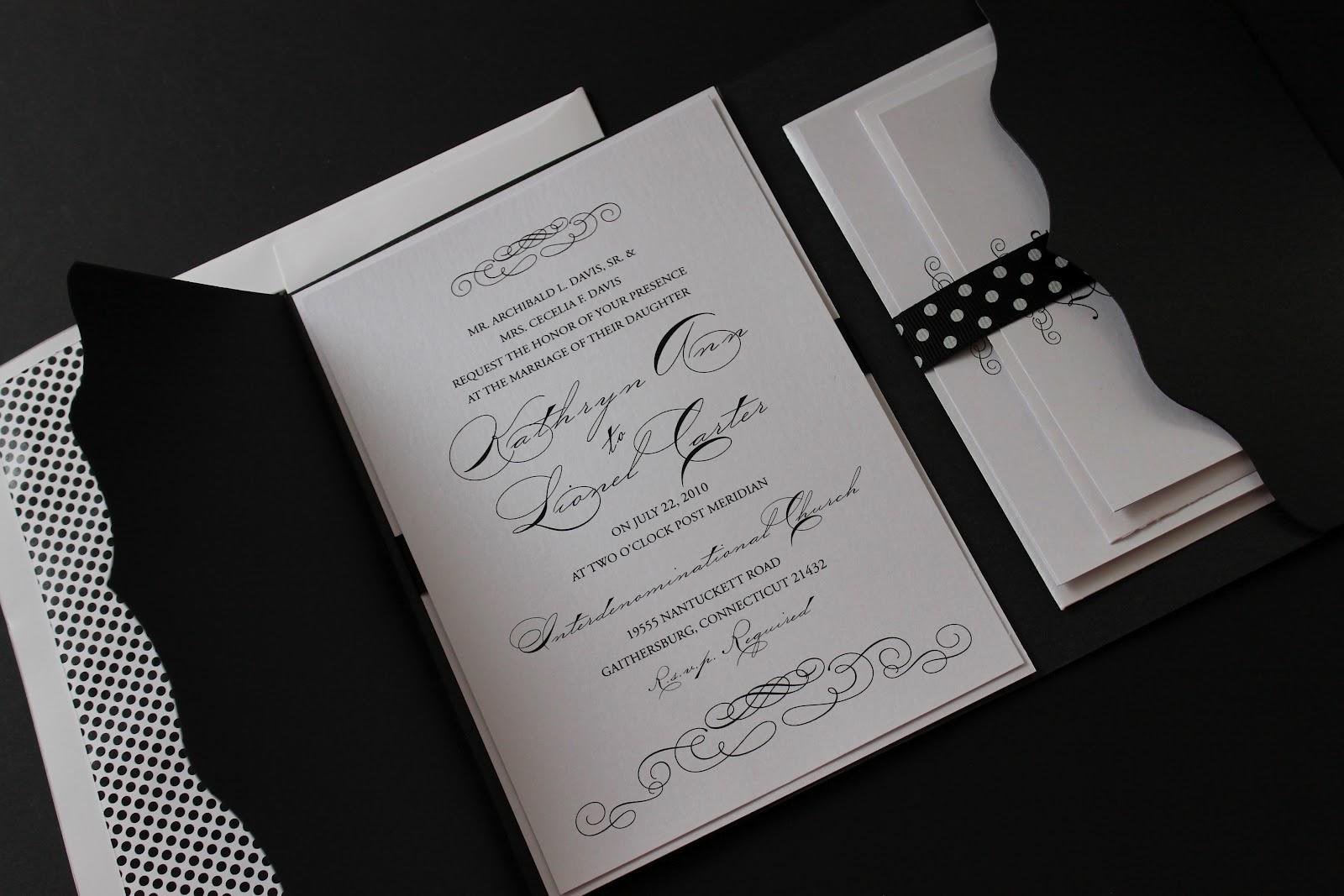 Wedding Invitation Pocket Folders: Scalloped Wedding Invitation/Pocket Folder